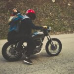 Co vše může zmírnit následky pádu z motorky?