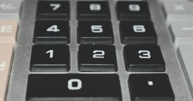 Calculator Account Figures Tool  - NomeVisualizzato / Pixabay
